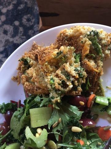 discovered a new addiction: cheesy quinoa broccoli bake